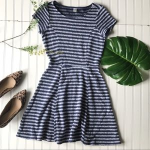 Old navy textured striped dress blue grey petite